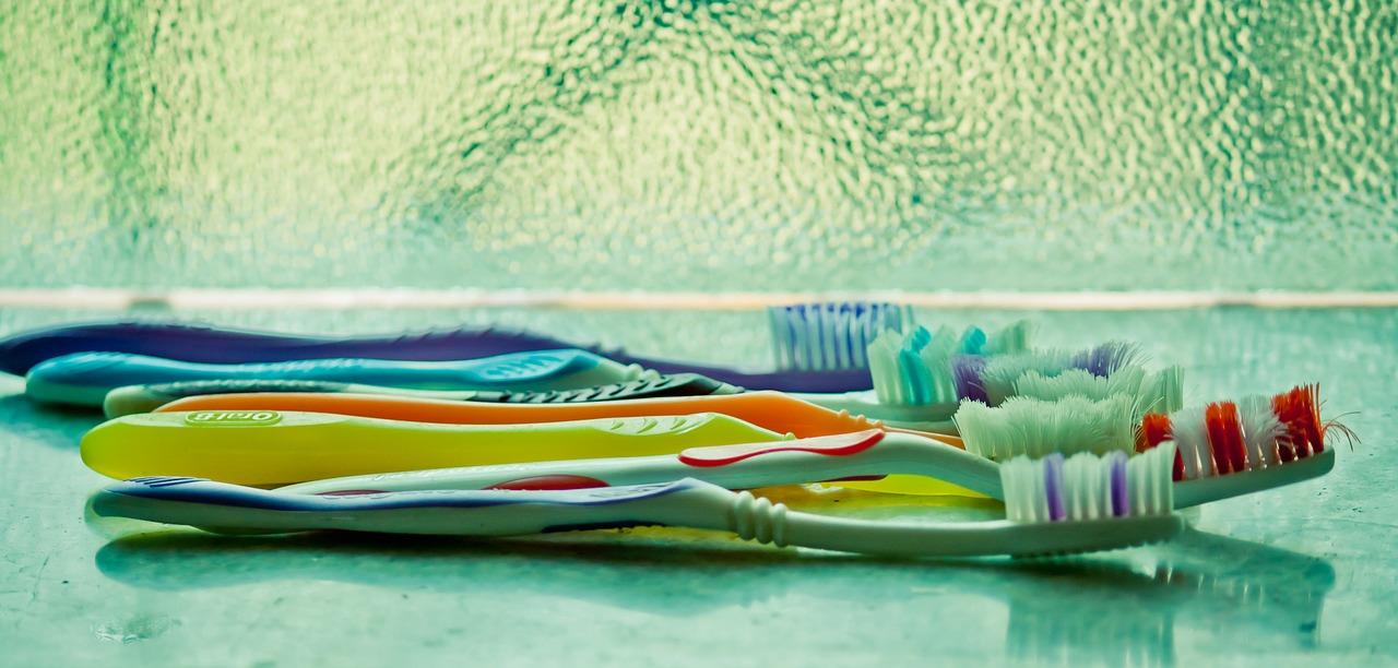 higiene dental CLinica Jesus Caballero